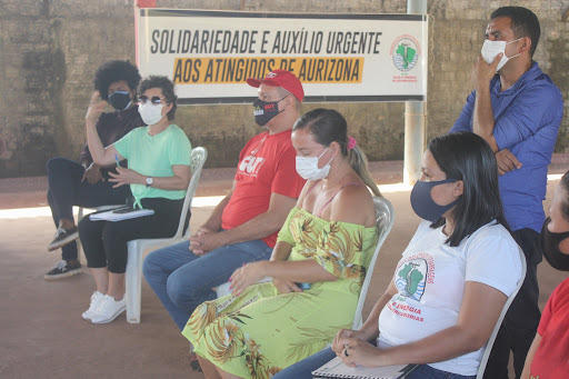 .Meeting of people affected by Aurizona mine spill (MAB photo).