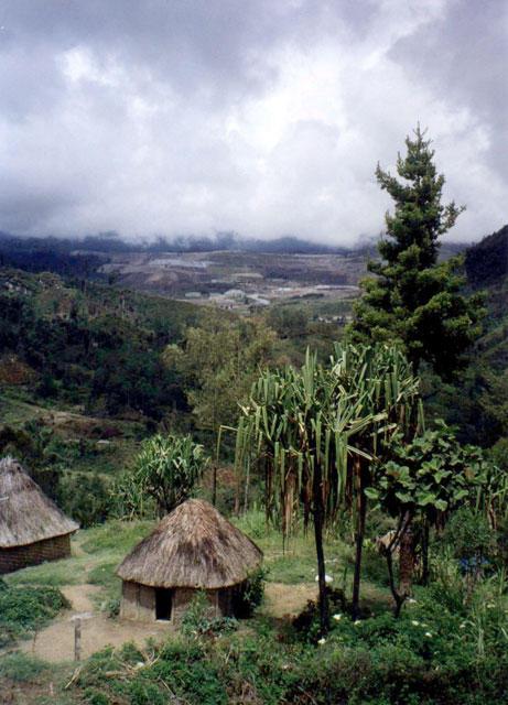 Porgera huts