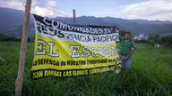 Escobal opposition banner