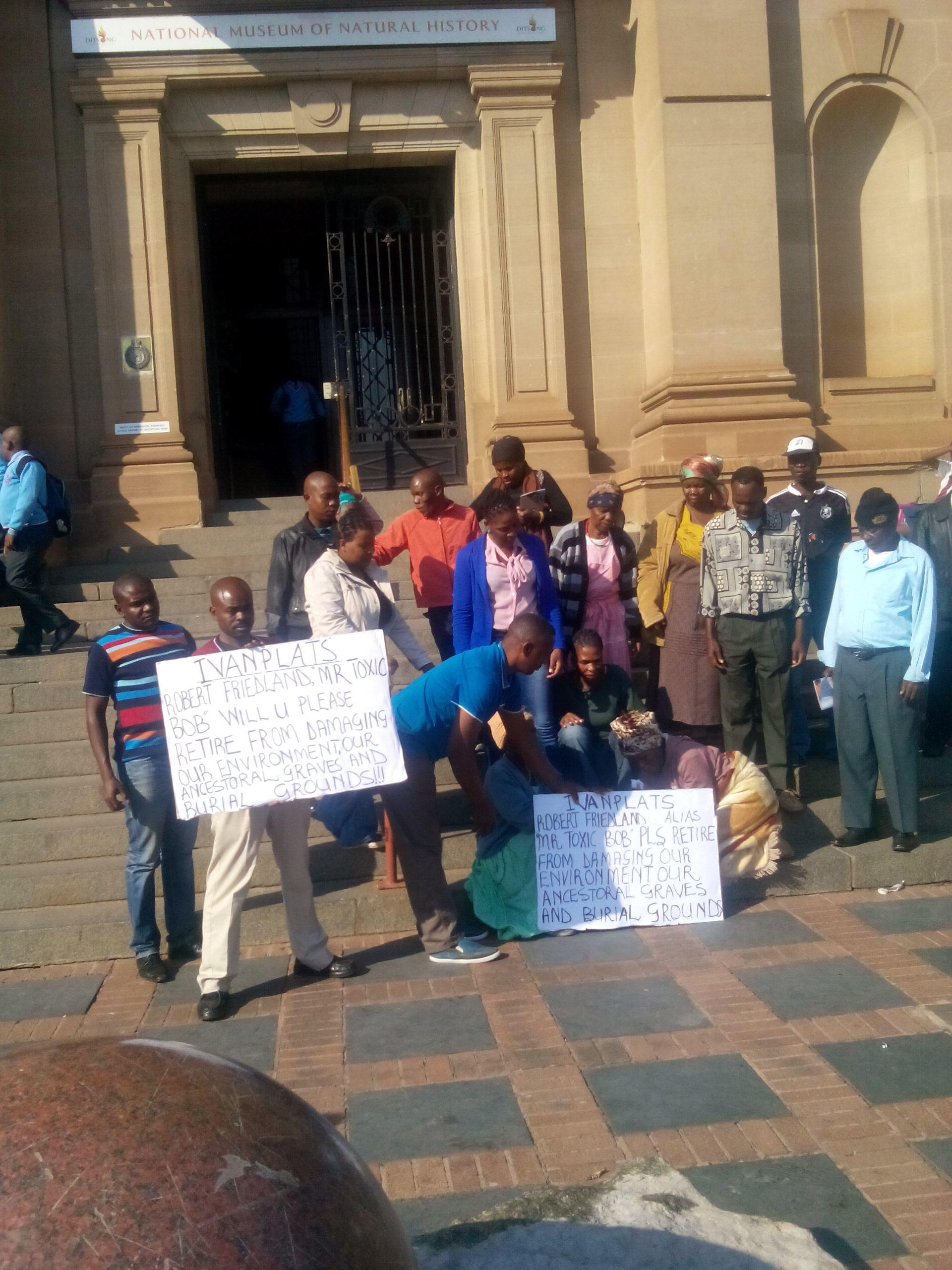 Mokopane residents at SAHRA office